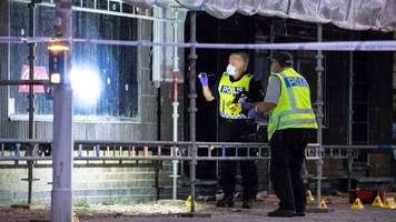 Sweden shooting: Three dead in Malmo cafe attack