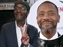 sir lenny henry continues to display his dramatic weight loss at charity theatre performance