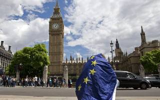 Latest Brexit bill amendment paves way for government victory