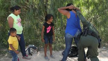 What Trump's Family Separation Executive Order Does And Doesn't Do