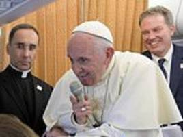 pope francis urges nations to take in as many migrants as possible