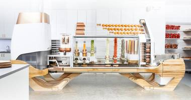 San Francisco's newest restaurant has a robot flipping its burgers