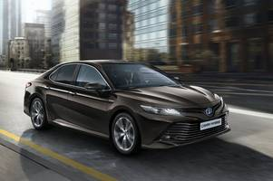 Toyota bring back the Camry saloon