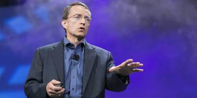 vmware ceo pat gelsinger says he's not interested in the intel ceo job, and his boss michael dell seems glad to hear it — but there could be more going on beneath the surface (intc, vmw)