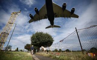 snp could refuse to back heathrow expansion plans and sway commons vote