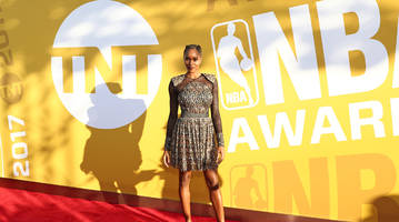 damaris lewis q&a: being on stage at the 2018 nba awards