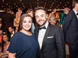 ant mcpartlin's wife lisa armstrong 'insists there are no divorce proceedings or financial claims'