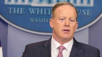 Is Sean Spicer the Next David Letterman?