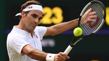 wimbledon 2018: roger federer and serena williams through, venus williams knocked out