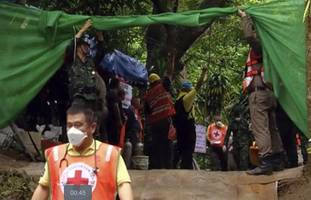 Thailand cave rescue - LIVE: Divers begin final mission to bring out 'all five remaining in cave'#source%3Dgooglier%2Ecom#https%3A%2F%2Fgooglier%2Ecom%2Fpage%2F%2F10000
