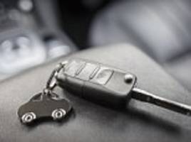wrap your car key fob in tinfoil to stop thieves unlocking vehicle