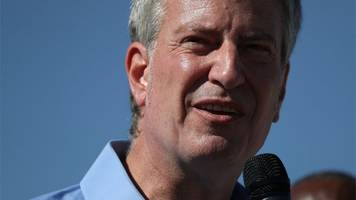 nyc mayor de blasio denies illegally crossing us-mexico border
