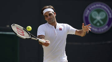 Roger Federer Upset In Five-Set Battle vs. Kevin Anderson