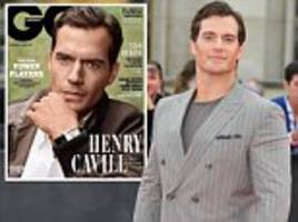 Henry Cavill apoplogises for comments about being hesitant to flirt