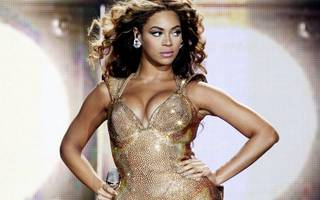 burberry looks to beyonce for a lesson in business