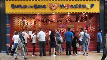 parents' anger over build-a-bear 'pay your age' offer