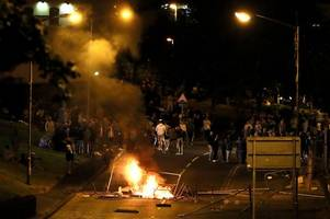 'new ira' blamed for trying to kill police officers during londonderry rioting