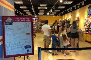build-a-bear chaos continues as hull store still having to turn customers away