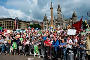 donald trump protesters praised by police scotland for 'good behaviour' after only two arrests