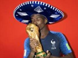 paul pogba, kylian mbappe, antoine griezmann and victorious france stars pose with world cup