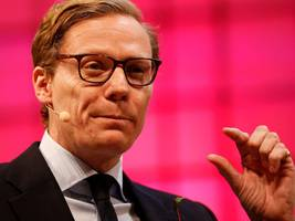cambridge analytica tried to sell itself to 18,000 buyers — but received just 4 paltry offers