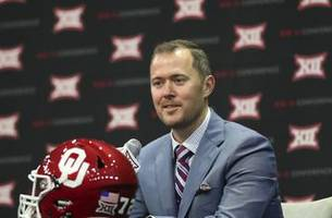Lincoln Riley on Oklahoma's 2018 season, competition at quarterback and more