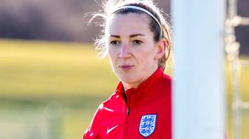Siobhan Chamberlain: Manchester United keeper's neck injury 'not serious'