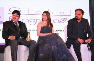 soha ali khan launches 'double cross' deodorants and perfumes​ ​by global fragrances