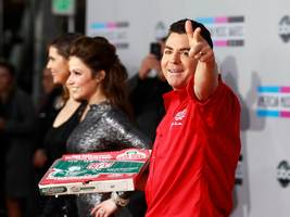 papa john's is distancing itself from its controversial founder, but he still has a stake worth more than $500 million in the company (pzza)