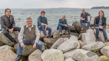 extra flights to cope with runrig fans