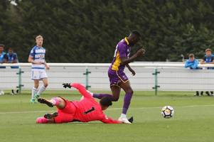 sunderland boss jack ross wants speedy resolution in deal for outstanding cheltenham town striker and portsmouth target mo eisa