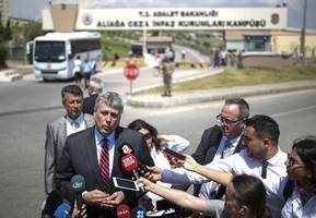 court denies release for american pastor held in turkey in latest hearing