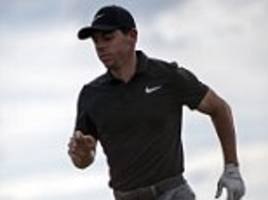 early starters rory mcilroy and tiger woods likely to encounter rain on friday morning atcarnoustie