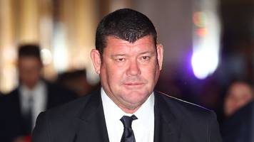 James Packer: Australia tycoon quits boards citing mental health