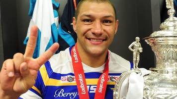 England and Leeds winger Hall to join Sydney Roosters