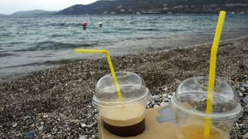 don't expect the straw ban to solve our plastic consumption problems