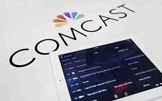 comcast drops out of fox bidding war to focus on sky deal