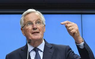 brexit: barnier kills customs plan - but opens door on backstop