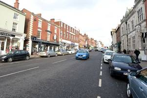 man shouted racist comment in ashby mobile phone shop - can you help police find him?
