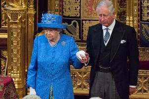 the eight things you must never do when meeting the queen