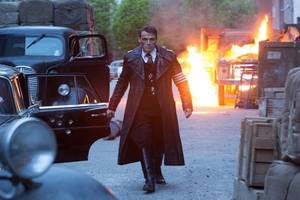 amazon sets 'man in the high castle' season 3 date at comic-con