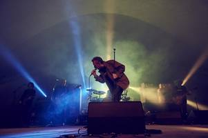 looe music festival is massive hit with scots and londoners and this is why