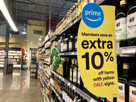 amazon is increasingly tying whole foods to its prime service – and it could be the gateway to $1 trillion (amzn)
