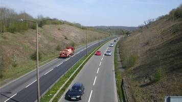 crash near culverhouse cross closes a4232 in both directions