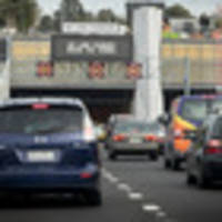 changes to waterview speed limits, central city bus routes and start of term 3 combine for mad monday on auckland roads