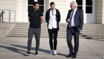 germany ace mesut ozil posts twitter messages explaining controversial photo with turkish president