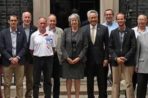 devon diver honoured in downing street for role in thai cave rescue