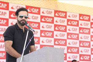 ace cricke​​ter irfan pathan inaugurates the cricket academy of pathans in morbi as part of its pan india expansion