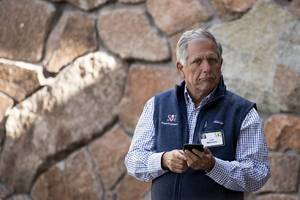 new investigation accuses cbs chief les moonves of sexual misconduct