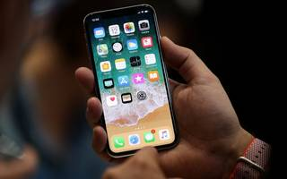 apple's third quarter to show strong growth with all eyes on the iphone